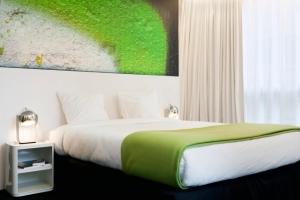 pantone-hotel-2